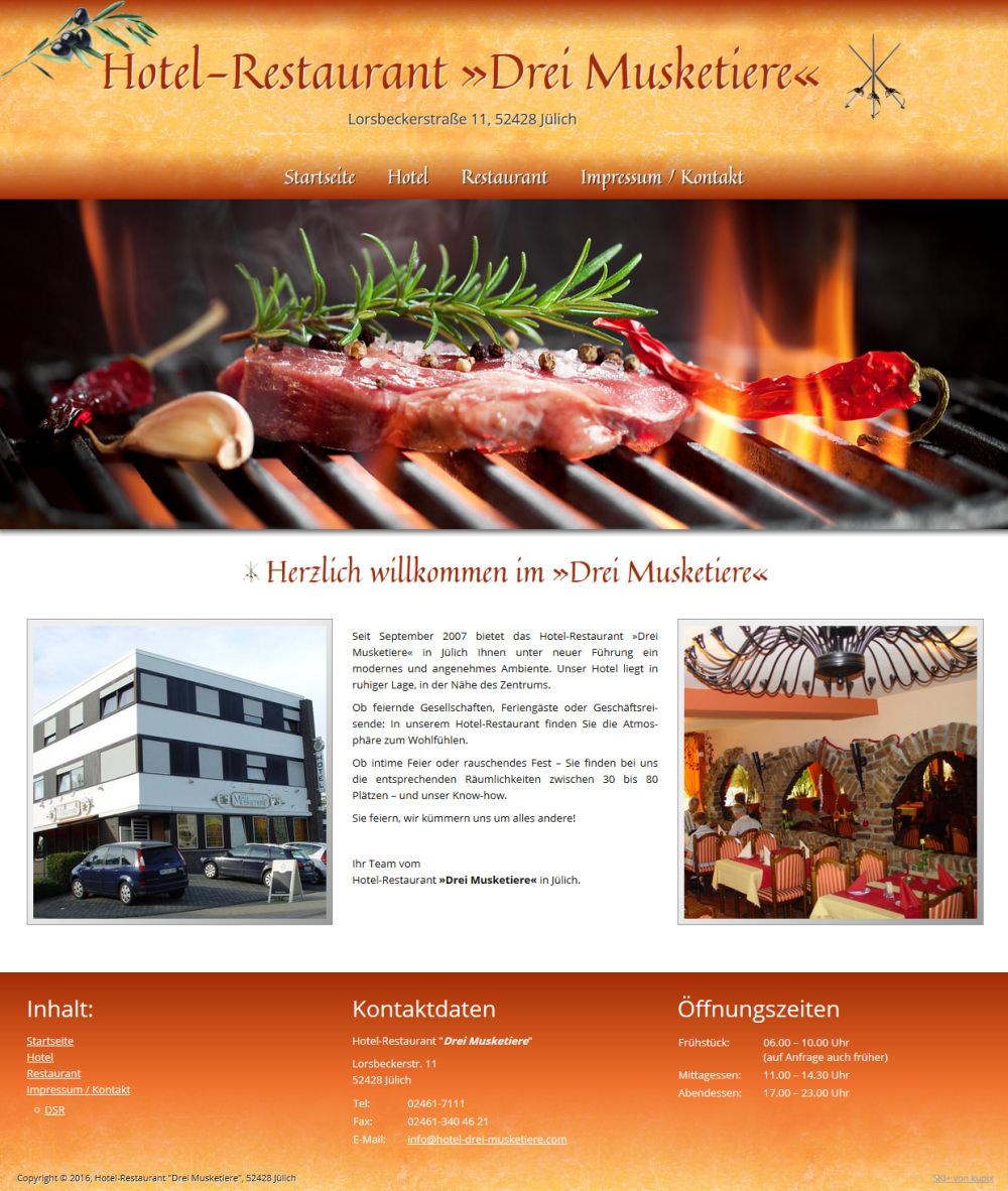 Screenshot der Startseite von hotel-drei-musketiere.de